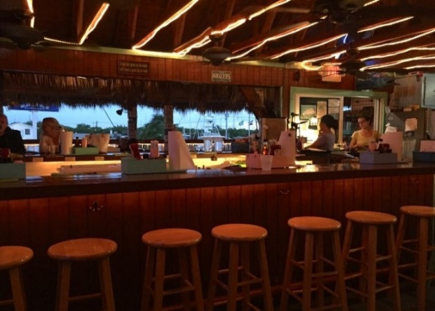 Sea Isle Dining - Burdines Waterfront