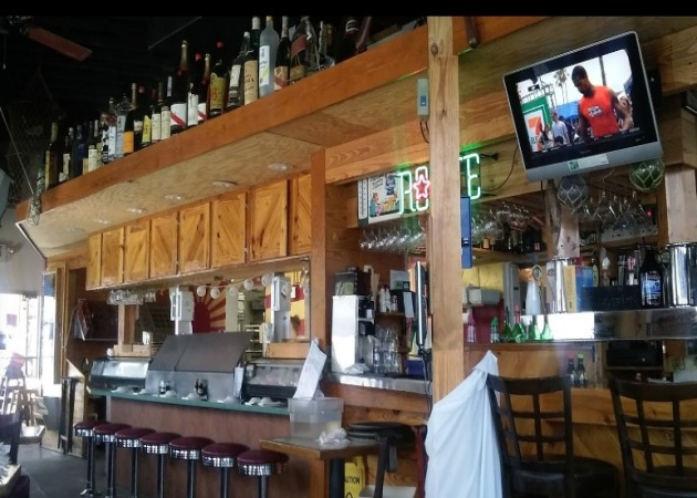 Sea Isle Dining - Castaway Waterfront & Sushi Bar