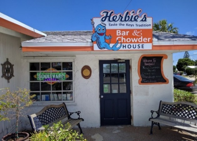 Sea Isle Dining - Herbie's Bar & Chowder House